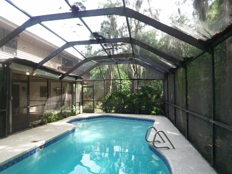 Country place in tampa florida bank owned pool home - Above ground swimming pools orlando florida ...