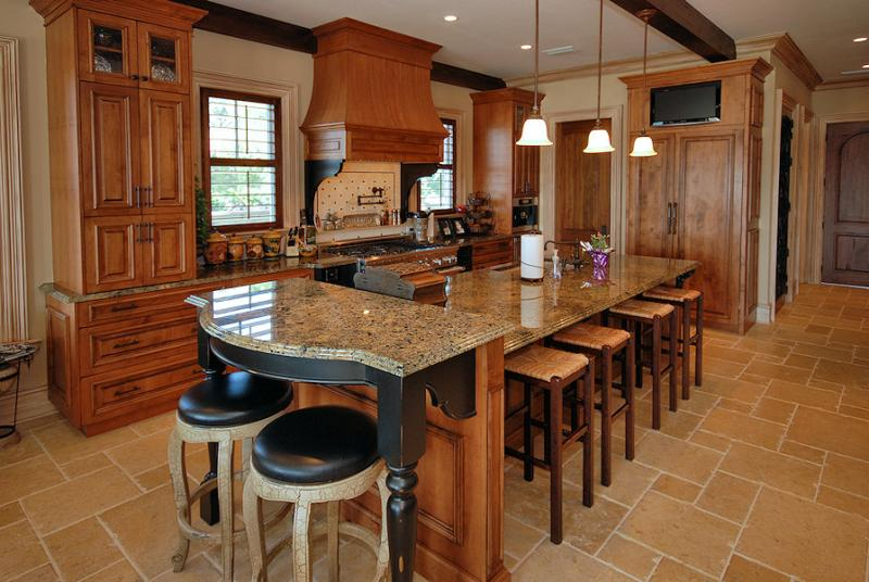 Custom Kitchen for Waterfront Home