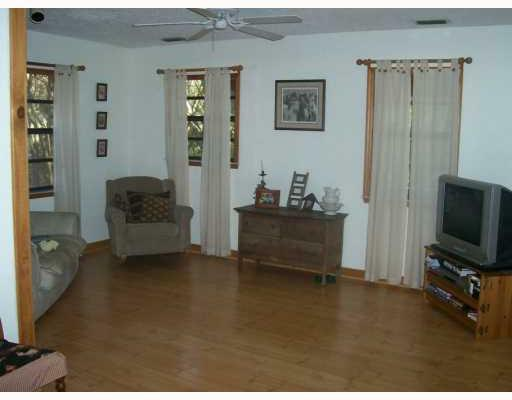 Cozy Living Room - Pasco County Florida Equestrian Home for sale