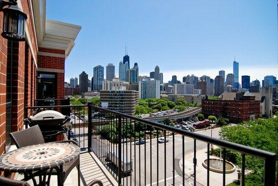 Luxury Downtown Chicago High-Rise Condos | Vista Tower