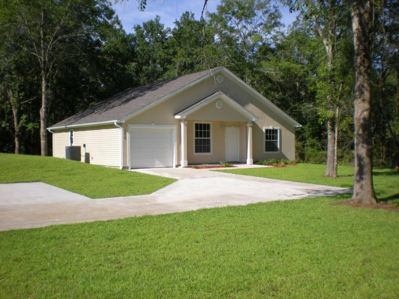 Attention renters in panama city florida ever wonder how for How much to move a 3 bedroom house