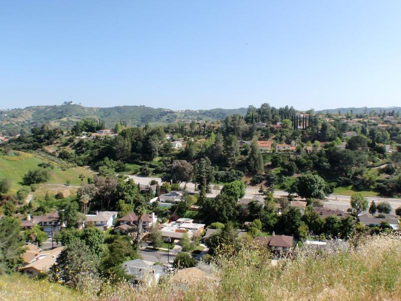 22580 Uhea Rd Woodland Hills CA