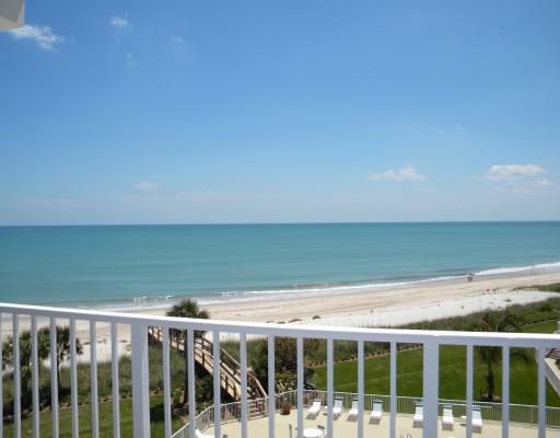 "OCEANFRONT PENTHOUSE FOR SALE, ""VERO BEACH"" FLORIDA, WATERFRONT COMMUNITY OF GABLES"