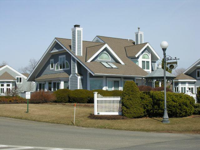 Branford CT Waterfront Real Estate - Linden Shores