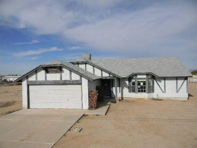 3 Bedroom Horse Property for Sale in Queen Creek AZ - Queen Creek AZ HUD Home for Sale