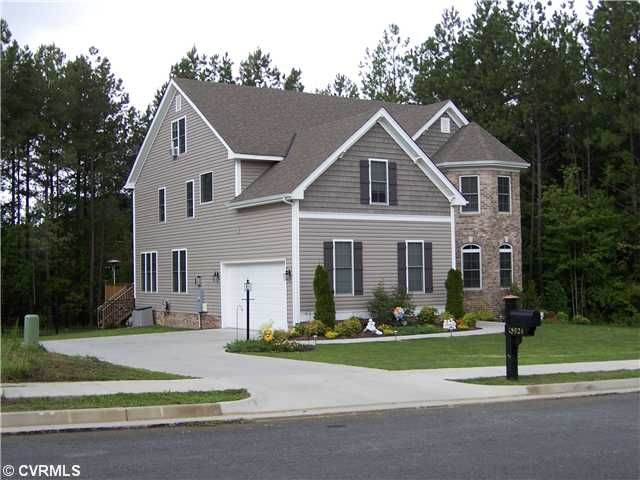 Richmond va homes for sale discover harpers mill for Builders in va