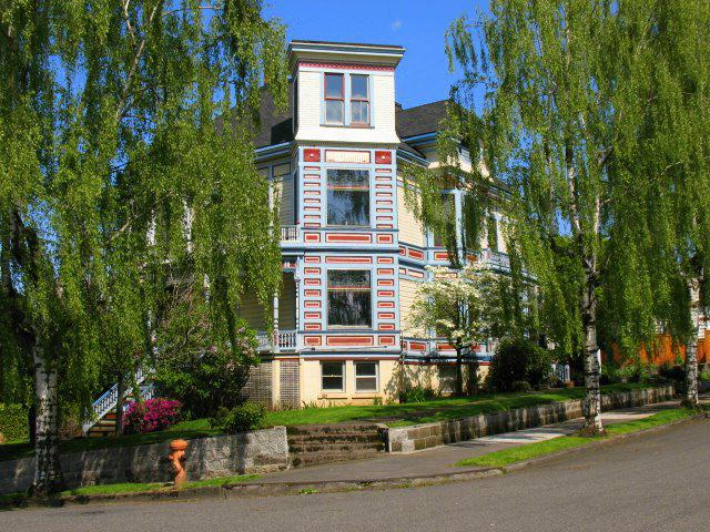 Grand Old Home in Portland Oregon Mt Tabor Neighborhood