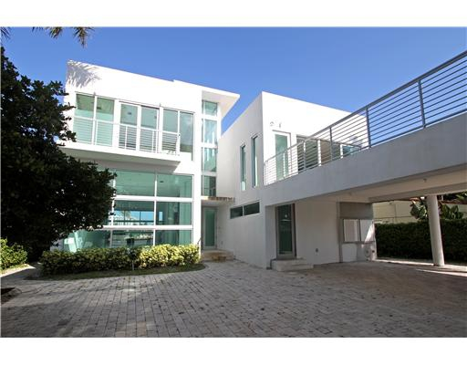 Contemporary Homes Miami Featured Listings Luxury Venetian Island Homes In Miami Beach