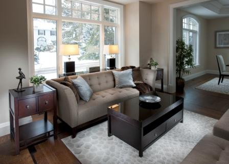 Toronto Furniture Rental Package. A Hands On Approach to Choosing Furniture to Rent for Home Staging