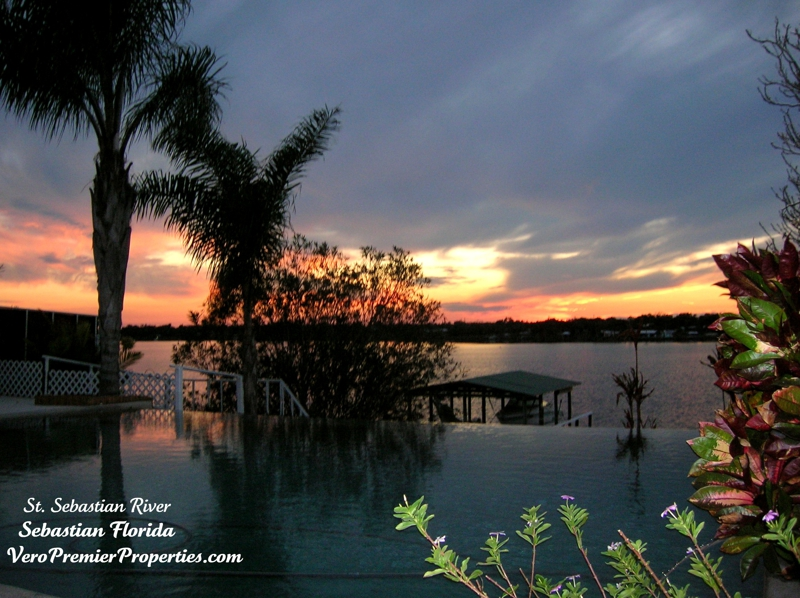 SEBASTIAN RIVERFRONT HOME FOR SALE, SEBASTIAN FLORIDA, PRIVATE DOCK 2 MILES TO OCEAN