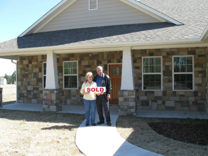 bill and marilyn kelly happy clients