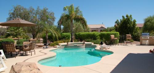 Sun City Grand home on a cul-de-sac lot