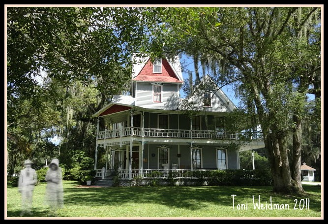 Visit a Real Haunted House-The May Stringer House in Brooksville-FL