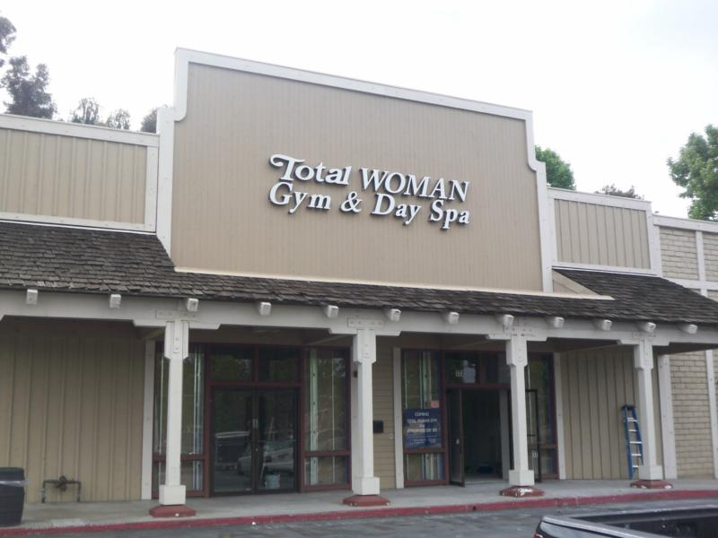 New Women Only Gym in Encinitas, CA - Jeff Dowler