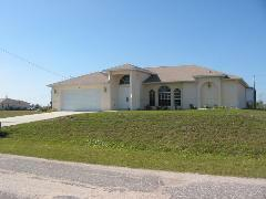 Lee County Florida * Over 2,600 Foreclosure Listings ! Bank