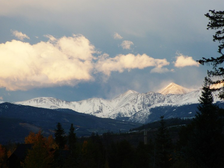 Continental_Divide_Frisco_Colorado_Fall_Season_2011_The_Kittle_Team