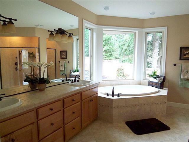 Bathroom solutions oregon for Dabella exteriors llc