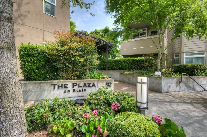 The Plaza on State Street in downtown Kirkland