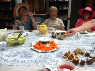 Addison Pacesetters Take Time for Tea