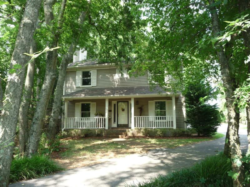 franklin tn real estate 3 bedroom home on 1 acre retreat