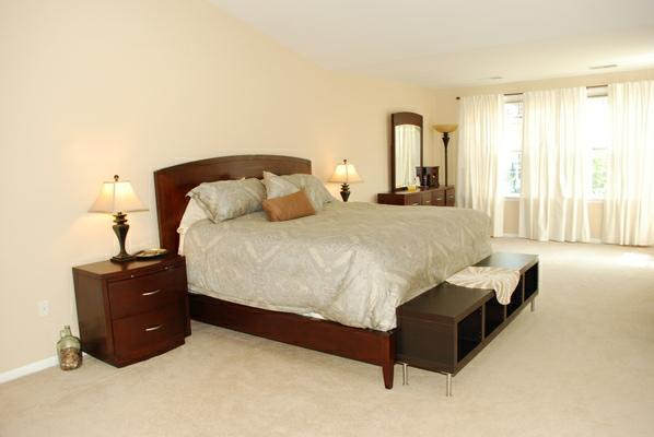 Huge Townhouse For Sale In Overlook Community Of