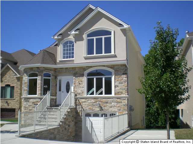 2 family house for sale in staten island ny for Houses for sale near nyc