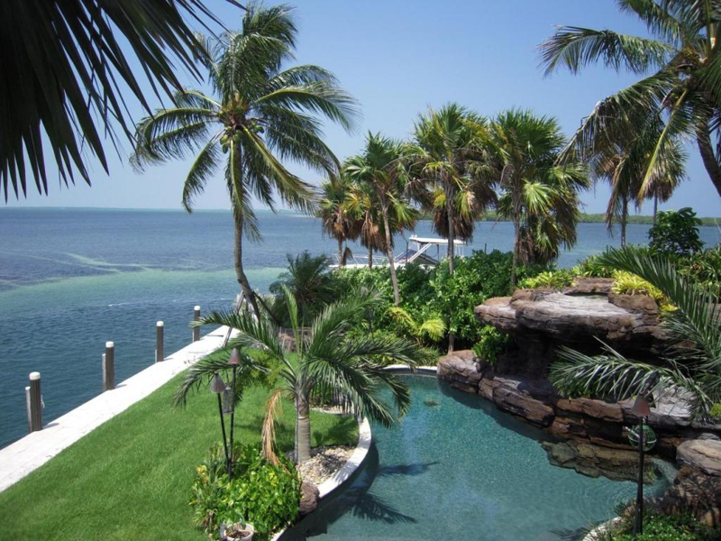 Just closed in venetian shores islamorada the florida for Venetian shores