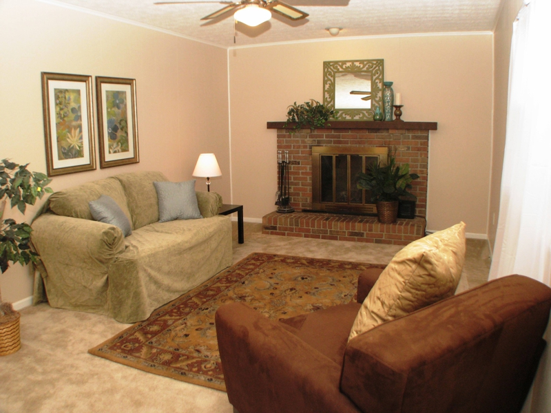 Homes for sale in Reynoldsburg, Family Room View