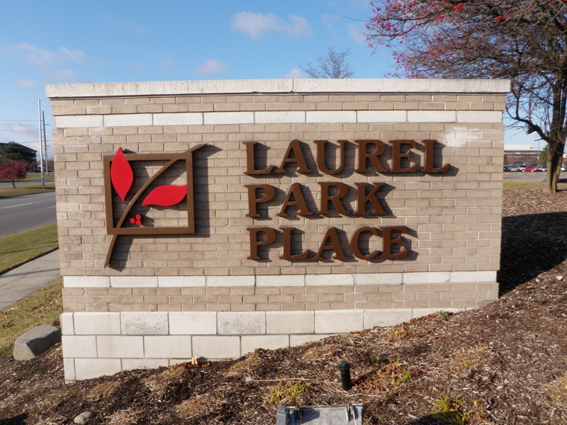 Laurel Park Place Mall Sign Livonia Michigan