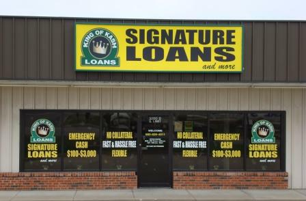 Payday loans model photo 5