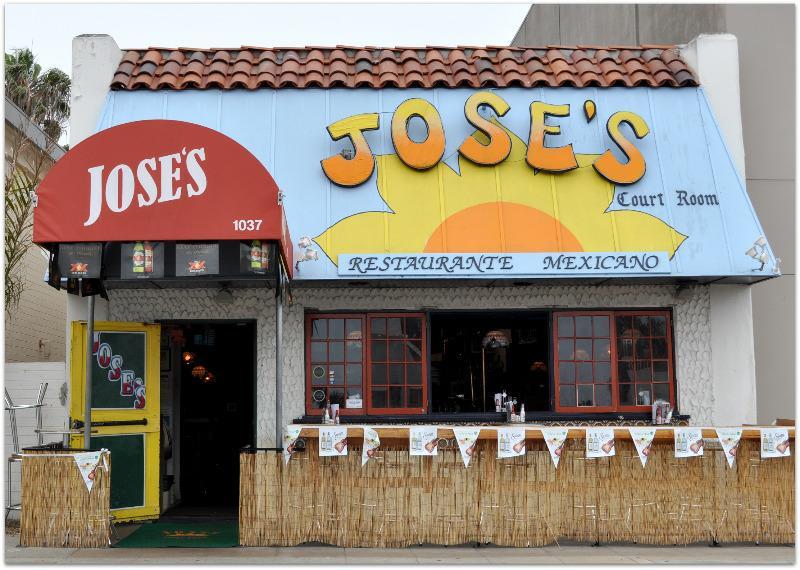 Jose S Court Room In La Jolla