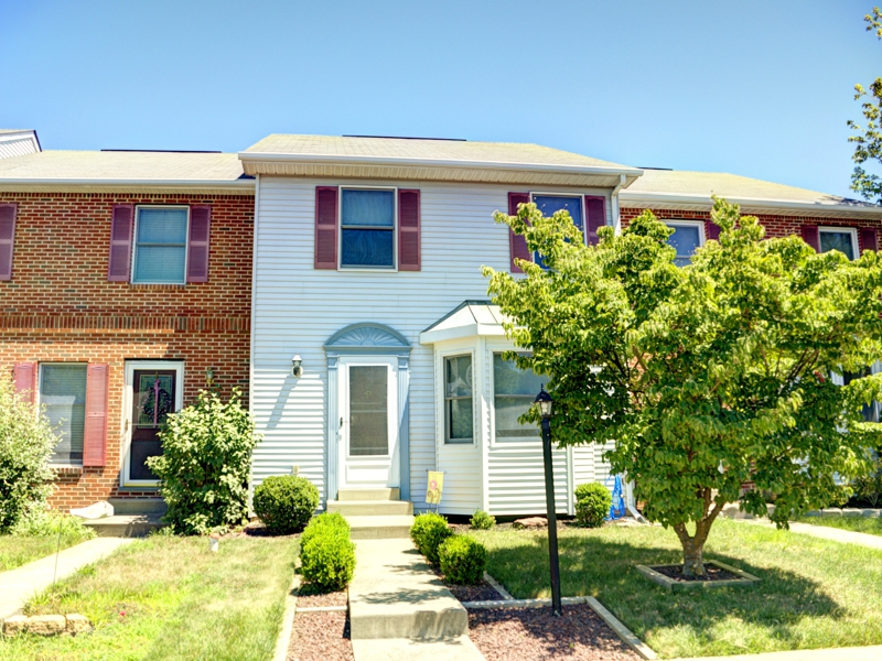 Strawberry Fields Townhouse for Sale, Telford, PA