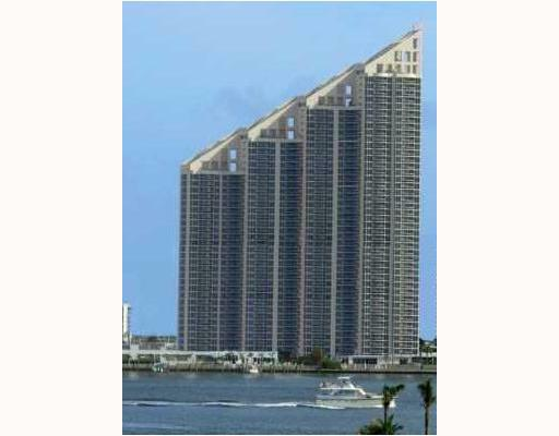 Pinnacle  Sunny Isles Beach SIB Realty 305-931-6931