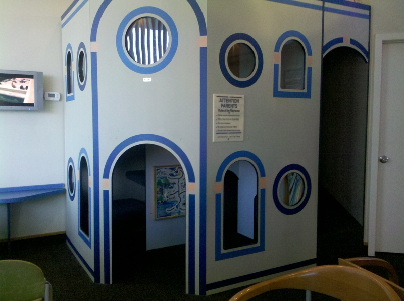 Dentist playhouse