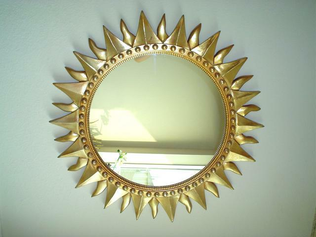Mirror mirror wait don 39 t hang me yet by feng shui - Feng shui mirror placement ...