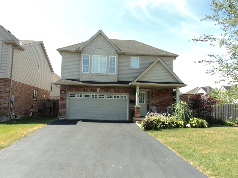 Beautiful Home For Sale in Summerside in London Ontario