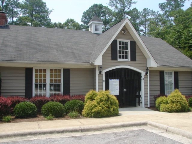 West Park Cary, NC - find homes for sale in cary nc with swimming pools