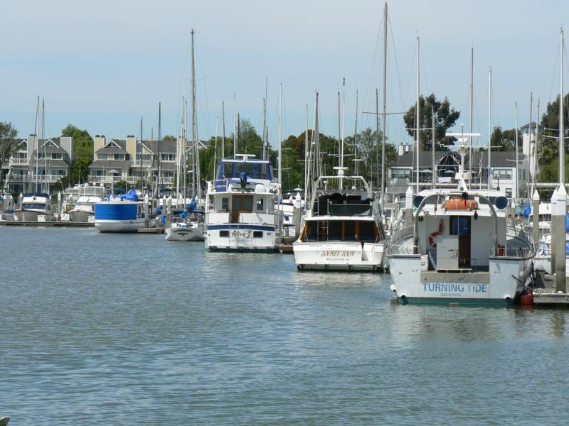 Benicia Yacht Harbor