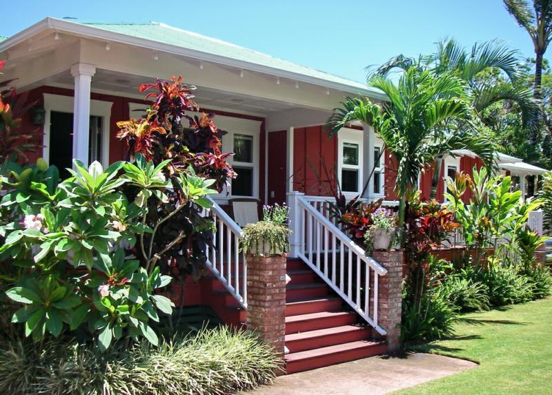 maui hawaii properties for sale paia haiku real estate newsletter august 2008. Black Bedroom Furniture Sets. Home Design Ideas