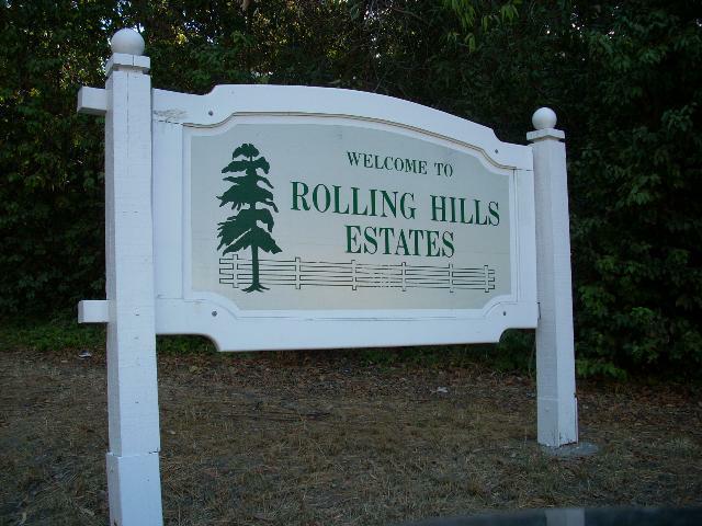 Rolling Hills Estates sign