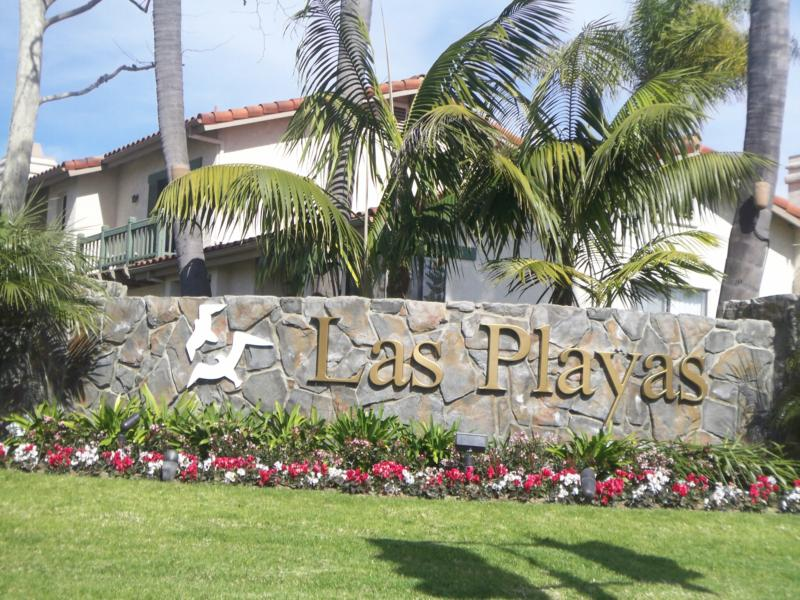 Carlsbad Real Estate Las Playas Townhomes Near The Beach In Carlsbad