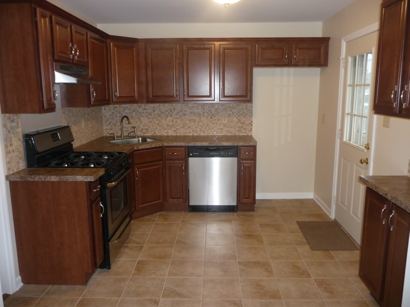 Just listed 292 herbert ave old bridge nj 08857 for Kitchen cabinets 08857
