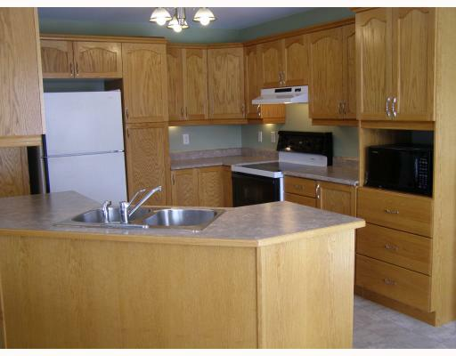 Kitchen Home in Embrun