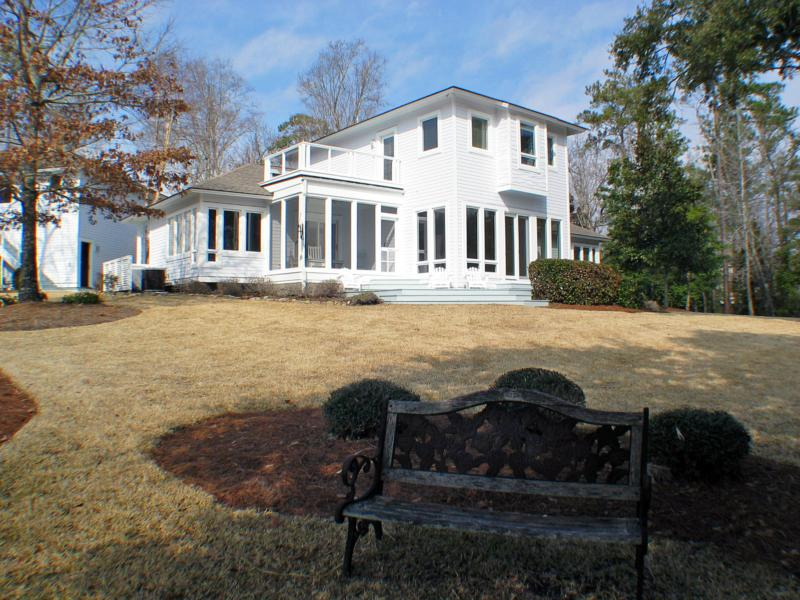Pleasing Wilmington North Carolina Waterfront Home For Sale Home Interior And Landscaping Analalmasignezvosmurscom