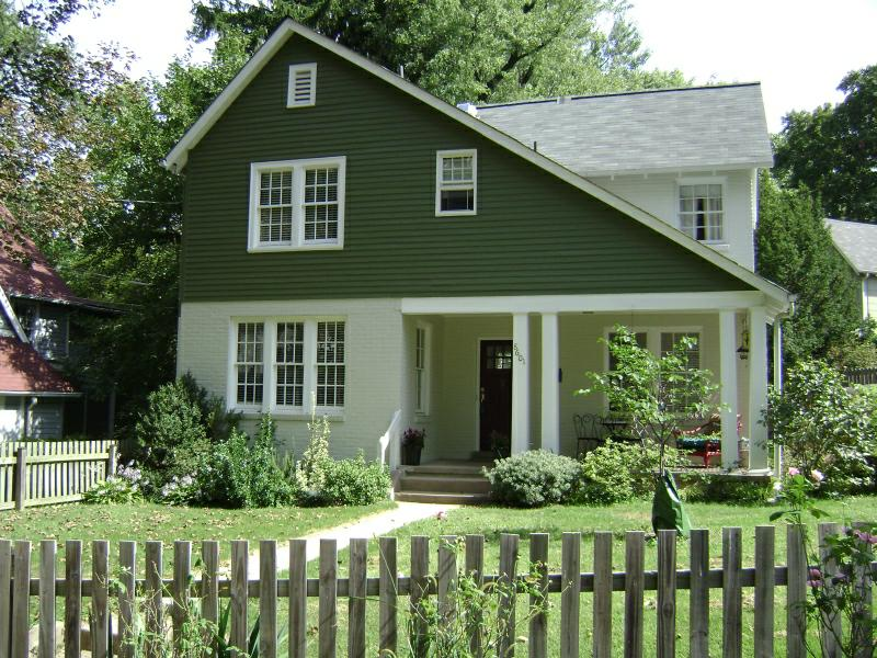 Downtown Silver Spring - Charming Circa 1920's English Cottage for Sale