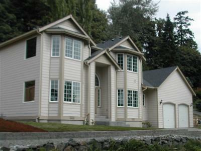 New Bellevue Home for sale on Large Lot 1