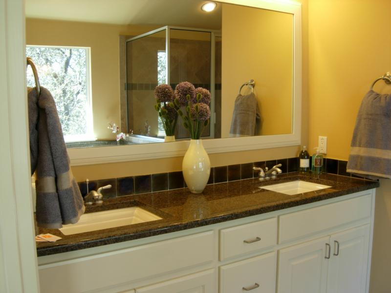 Master Bath After Staging - Leslie Olson Interiors - Home Staging Marin