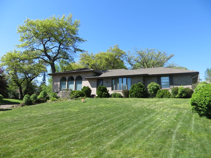 301 91st avenue ne blaine mn home for sale 55434 for Home and landscape design andover mn