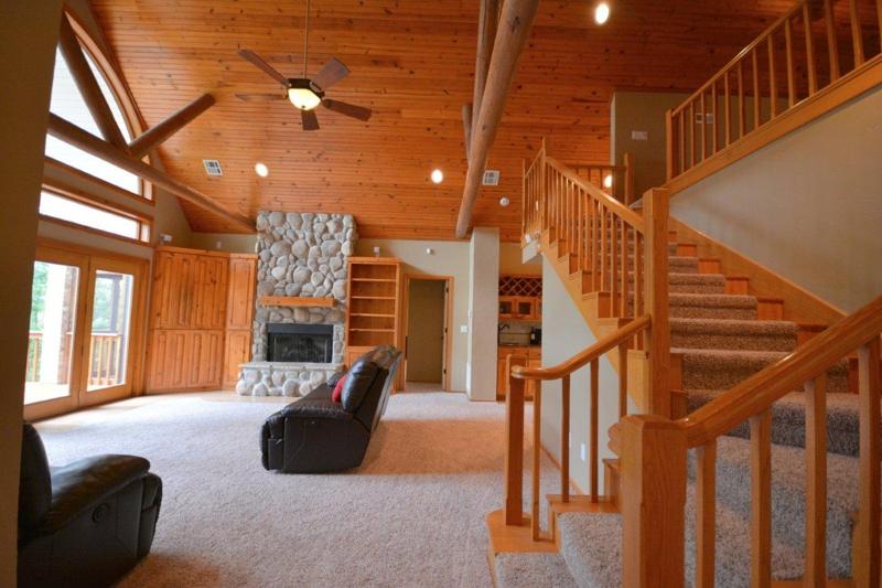 Living Room @ Beaver Lake