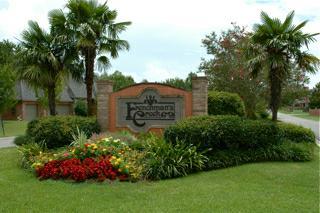 Frenchmans Creek Subdivision Entrance - Lafayette, LA